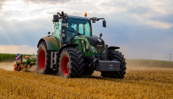 7 Things You Need To Look For a Good Tractor for Agricultural Usage